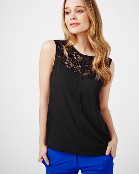 Sleeveless T-Shirt with Lace Incert