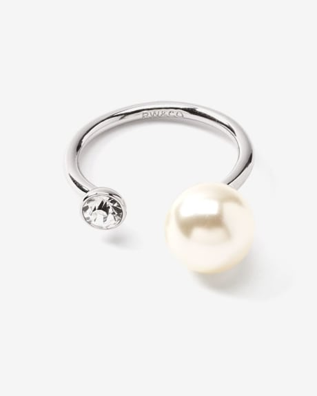 Glass and Pearl Ring