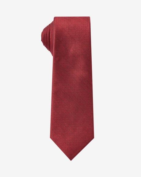 Regular textured tie in dark red.Oxblood.1SIZE