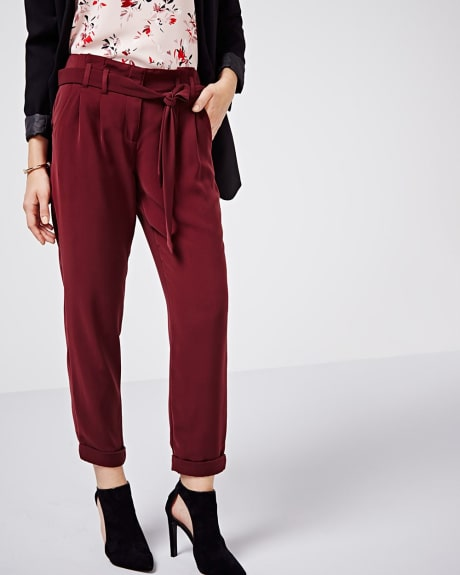 Flowy paper bag pant with sash