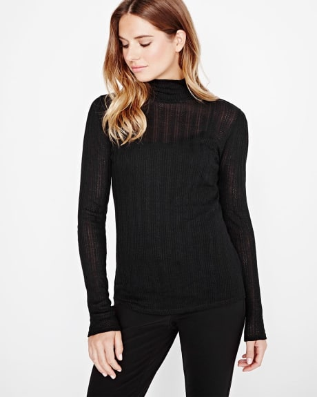 Mock neck textured knit t-shirt