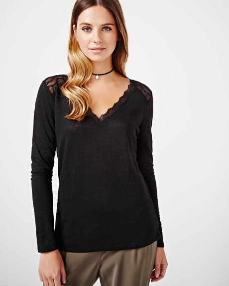 Long sleeve linen t-shirt with lace details