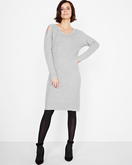 Fitted sweater dress with shoulder slits