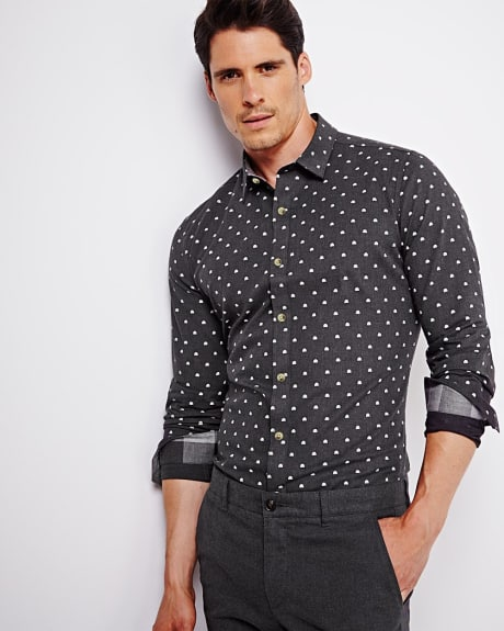 Tailored fit shirt with igloo print