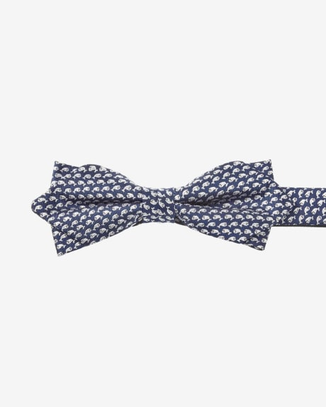 Pointy bow tie with whale print