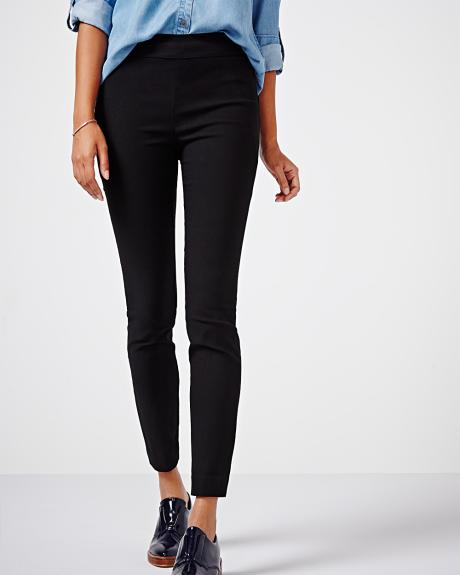 Modern stretch ankle length legging in black