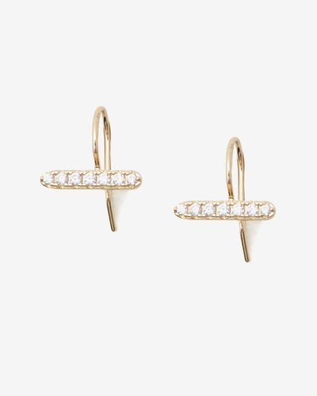 T-shape earrings