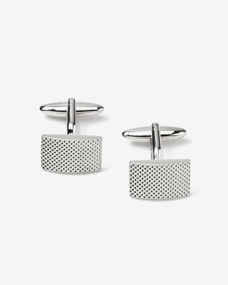 Embossed cuff links