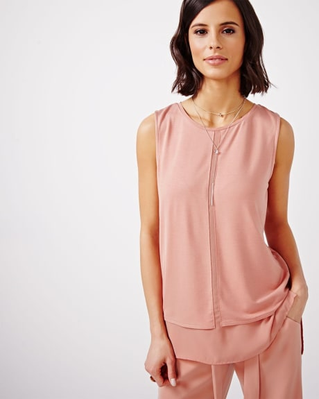 Sleeveless T-Shirt Blouse with Underlayer