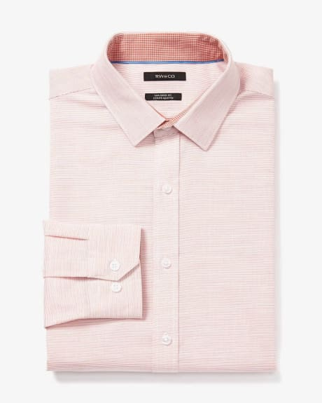 Fitted dress shirt in horizontal textured stripes