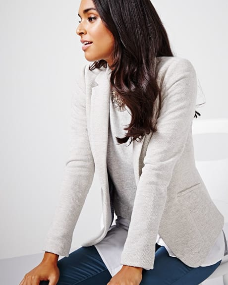 Tailored fit herringbone blazer