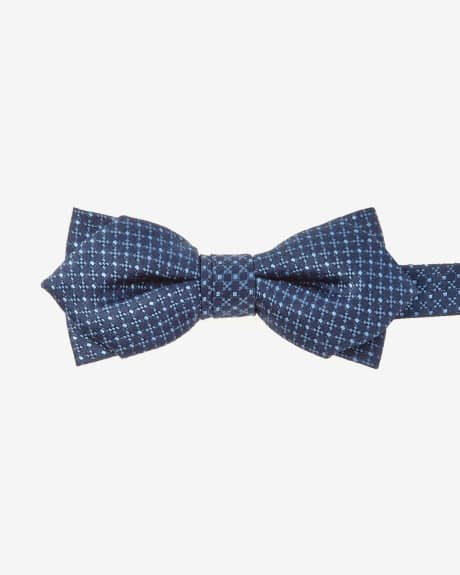 Pointy navy bow tie with micro geo pattern