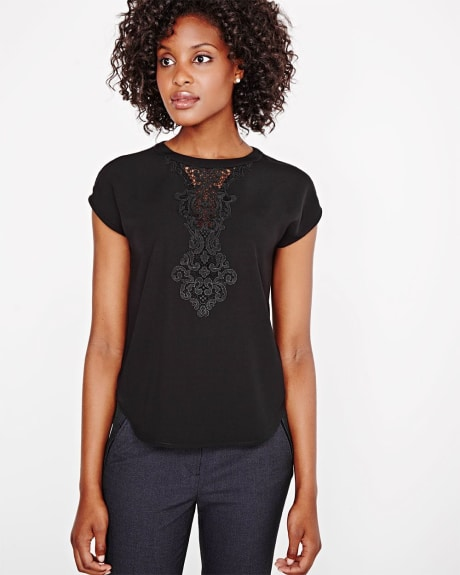 Solid Mixed Media T-shirt with lace