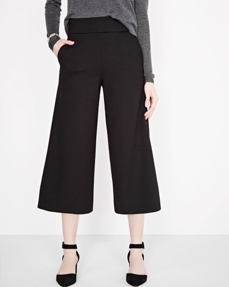 Cropped pull-on wide leg pant
