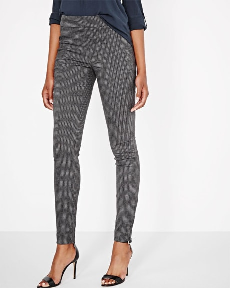 Modern Stretch Geo Legging