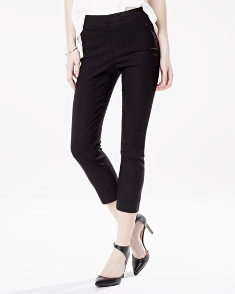 Modern stretch coloured crop legging