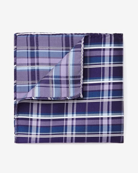 Pocket Square in Check Pattern