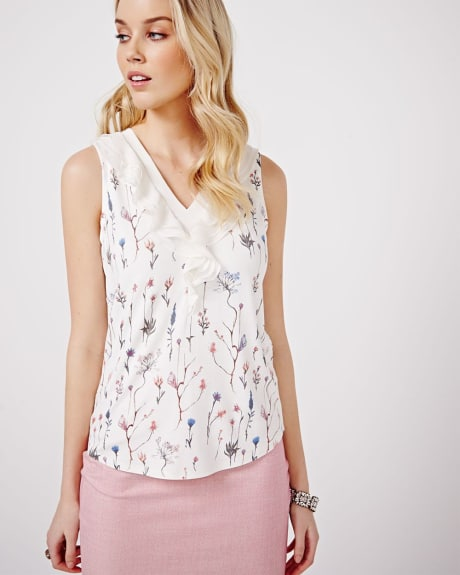 Printed Sleeveless Mix Media T-shirt