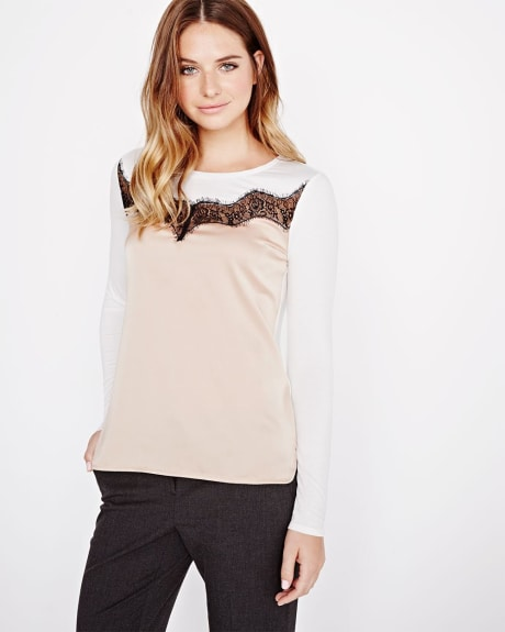 Scalloped lace t-shirt