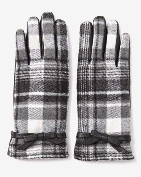 Leather and plaid gloves