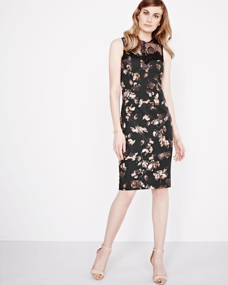 Fitted floral dress with lace