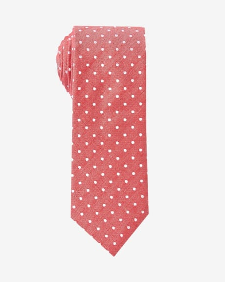 Regular coral tie with white dots