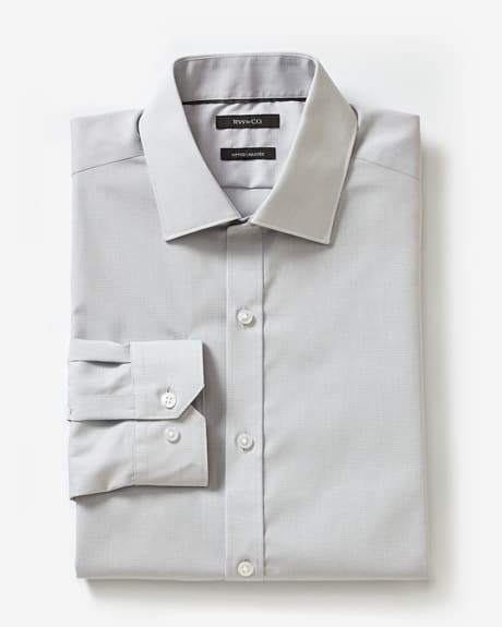 Fitted two-tone dress shirt