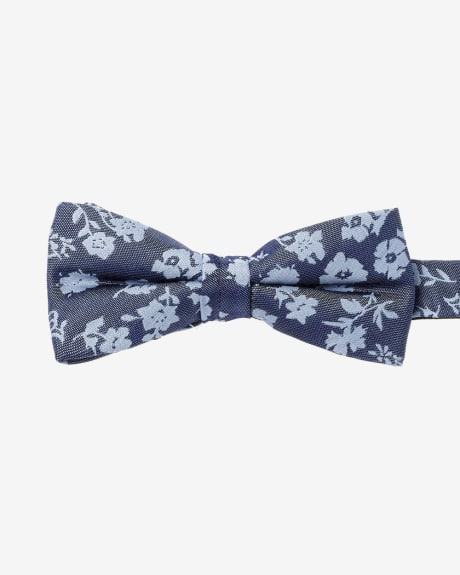 Classic Flower Bow Tie