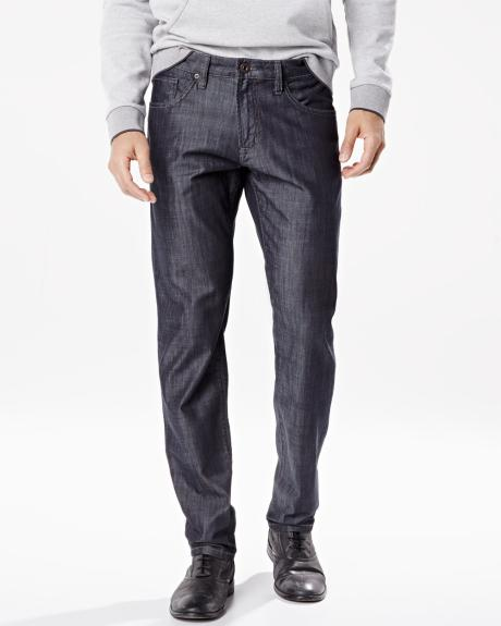 Modern slim fit Nathan jean in lightweight denim