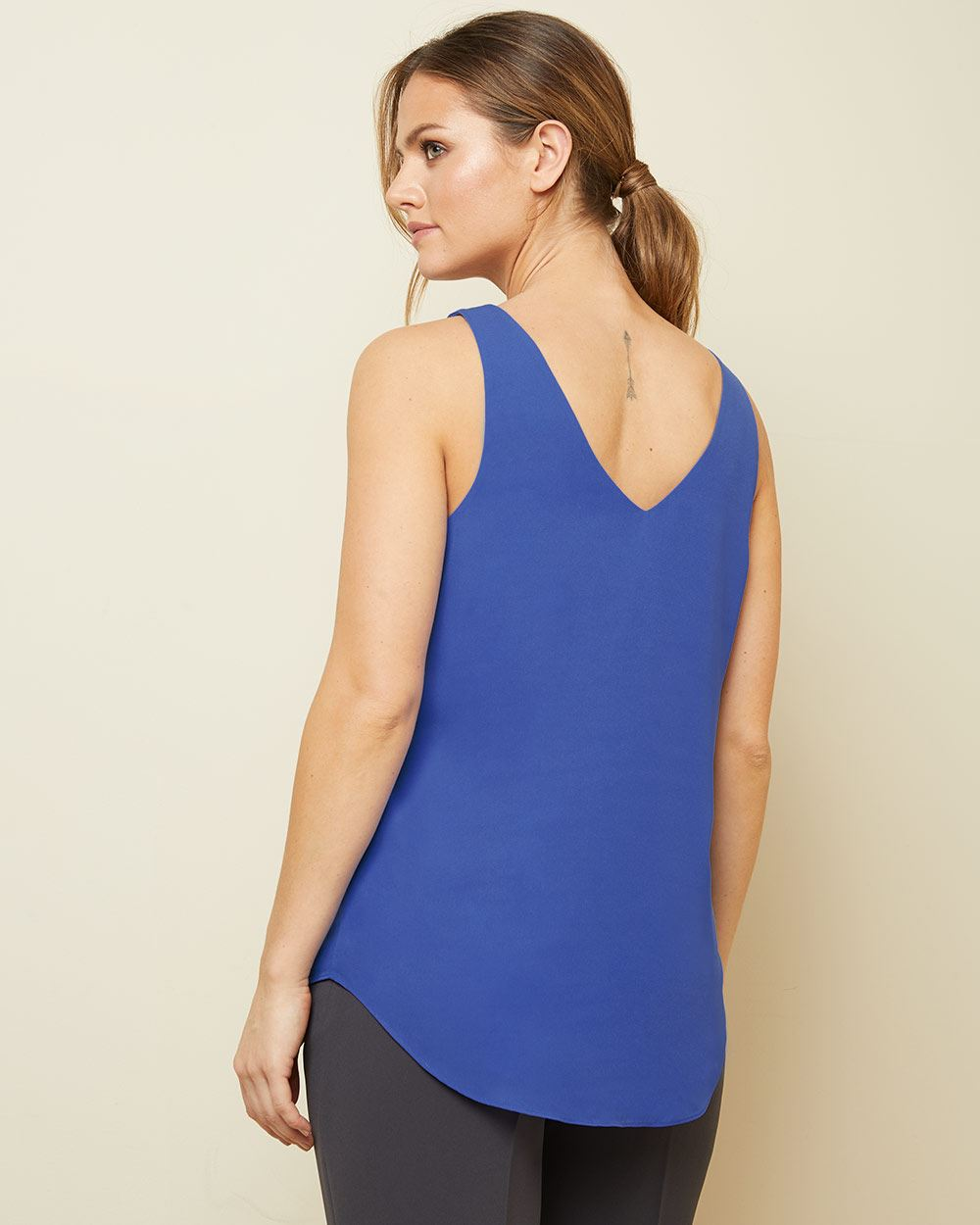 Straight fit blue Silky crepe cami