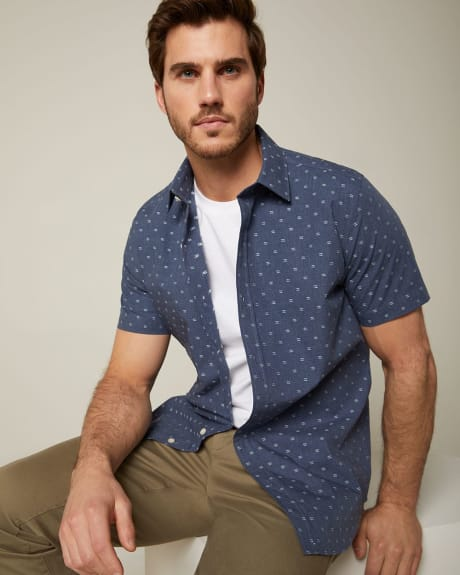 Tailored fit chambray clipping short sleeve shirt