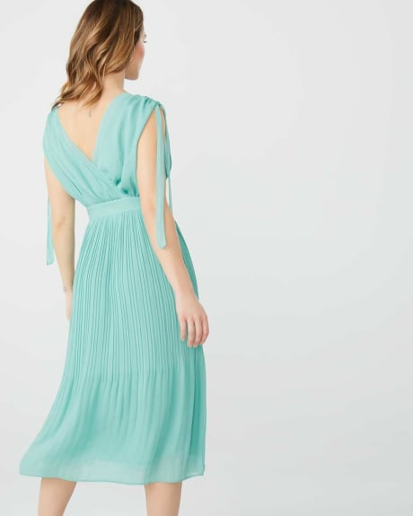 Crepe cocktail dress with shoulder ties
