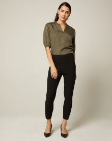 Black High-waist legging pant with buttoned cuffs