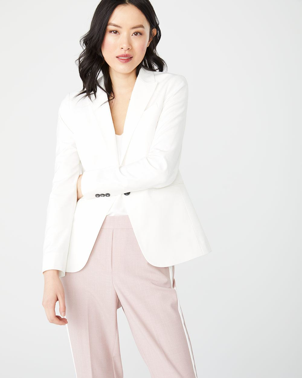 Fitted stretch white blazer