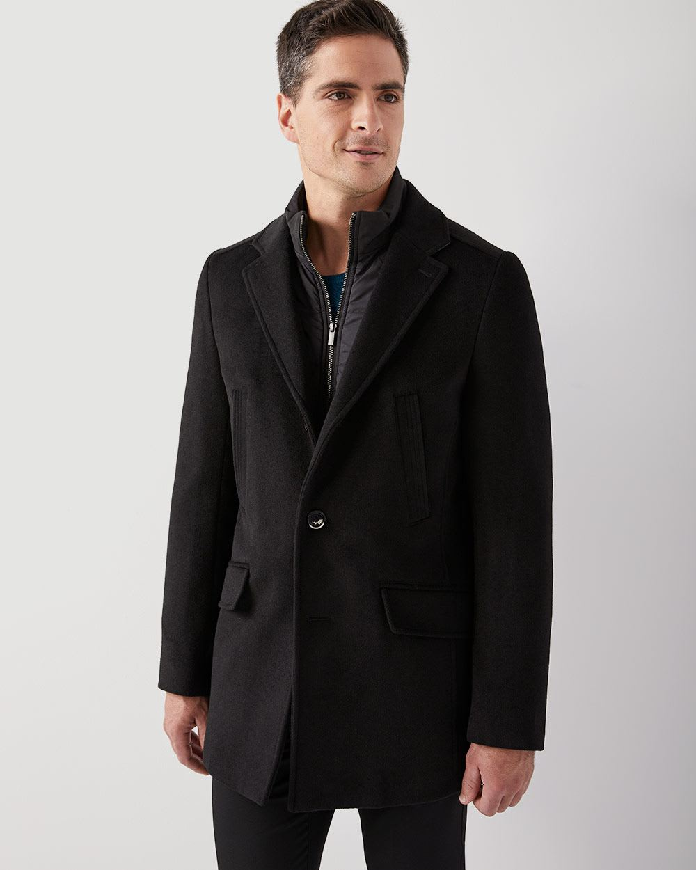 Looks - How to peacoat a wear video