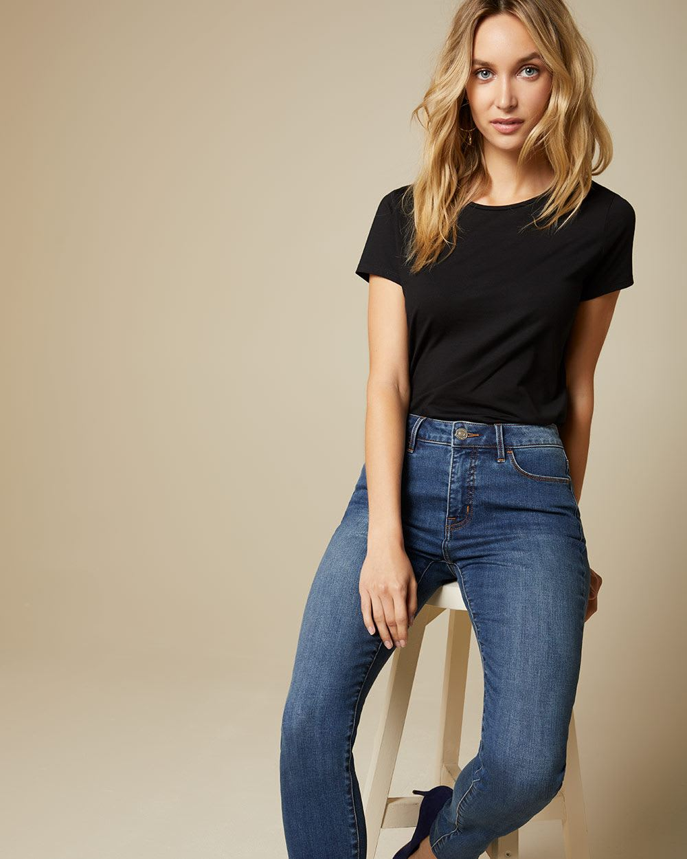 90e9fb833 High-rise skinny jeans in medium blue denim - 32''   RW&CO.