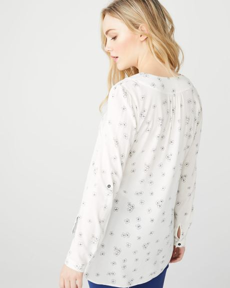 C&G floral Challis blouse with pocket