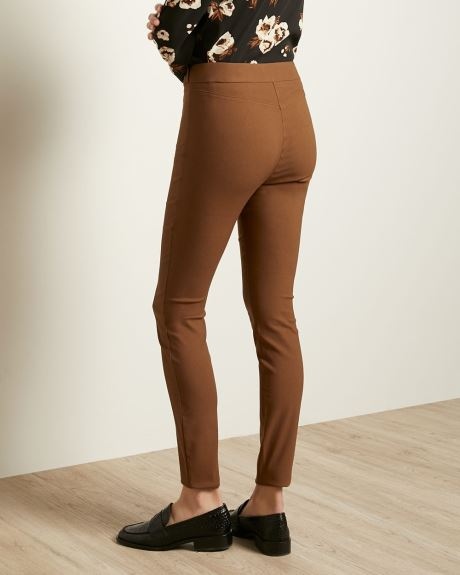 Solid High-Waist Legging Pant with Button