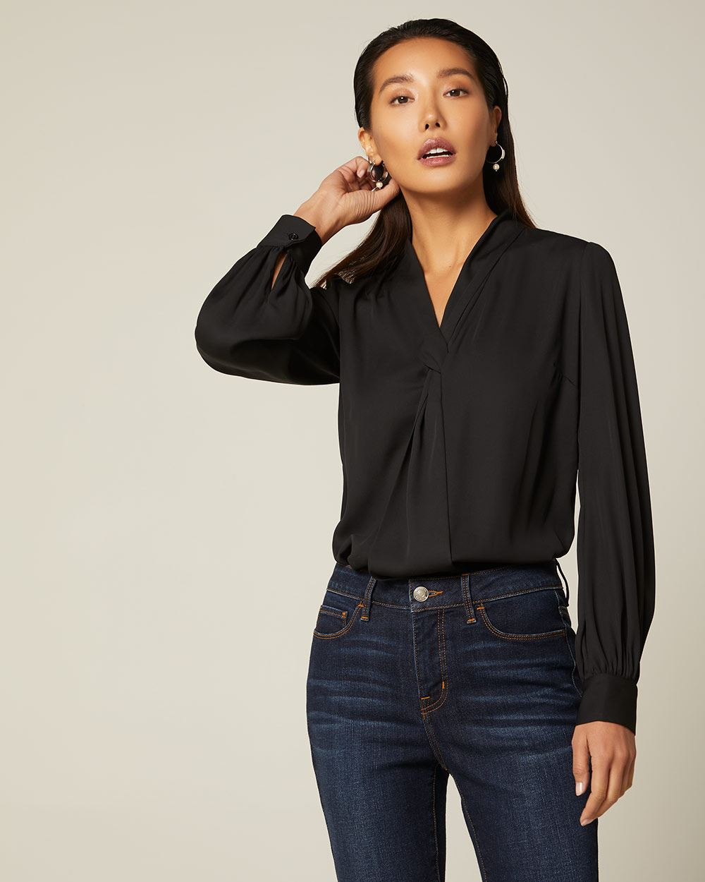 Long sleeve Front-twist blouse