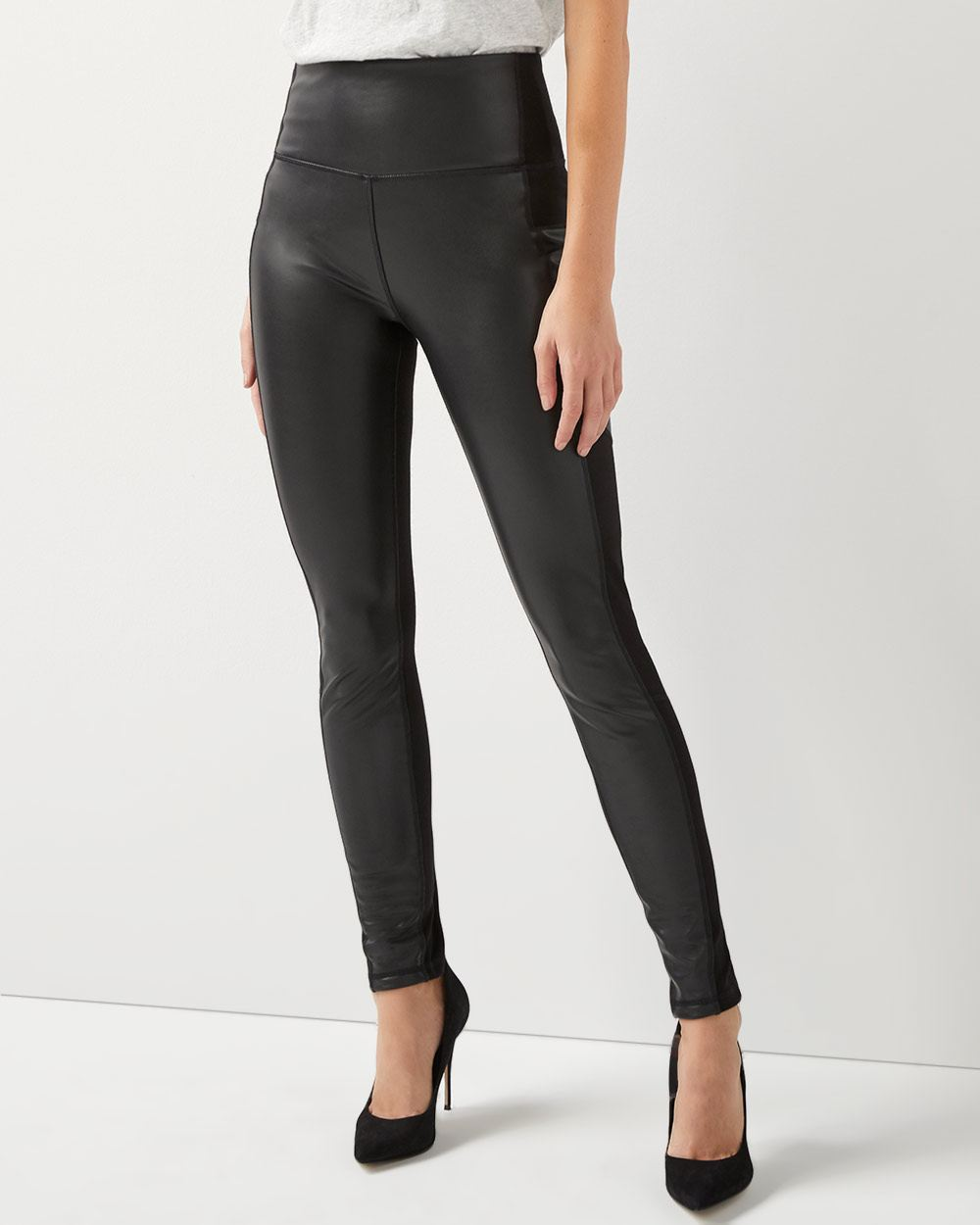 Slimming high-rise legging with faux leather