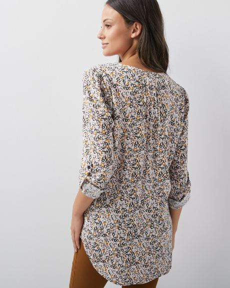 C&G Challis blouse with pocket