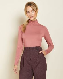 Fitted Long sleeve turtleneck t-shirt with buttons
