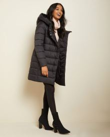 Long puffer coat with wide hood