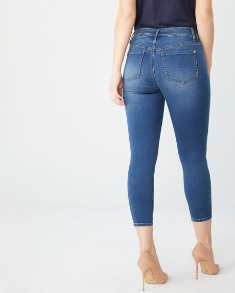 Natalie crop Mid-rise jegging in medium blue denim