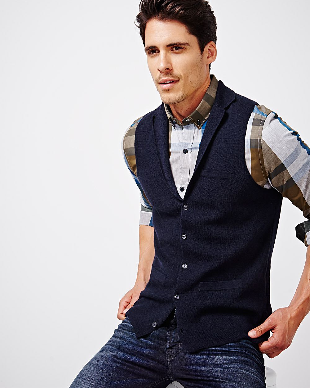 Sleeveless sweater vest   RW&CO.