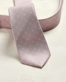 Regular dotted Light pink tie