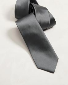 Regular silver grey tie