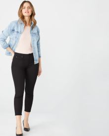 Natalie crop Mid-rise jegging in black denim