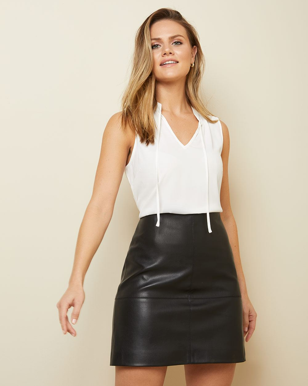 Sleeveless soft blouse with neck tie