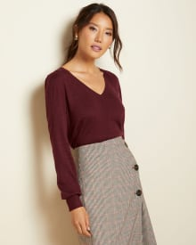 V-neck sweater with puffy sleeve